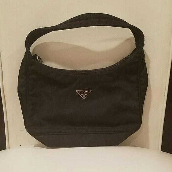 b2f03d3685039 Prada tessuto black nylon mini sport bag. M 5aa74f863afbbd3ee7b316c0
